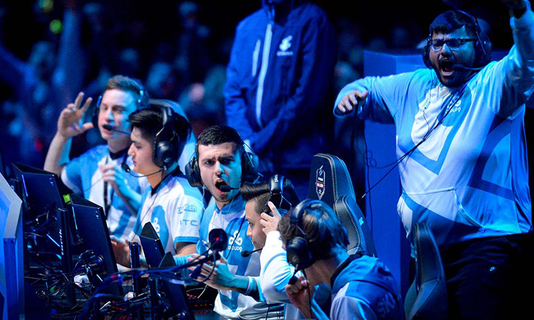 Immediately after beating Faze Clan on Inferno, the Cloud9 players celebrate becoming Major champions.