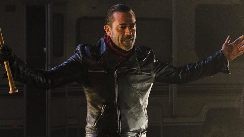Jeffrey Dead Morgan emerges as Negan.